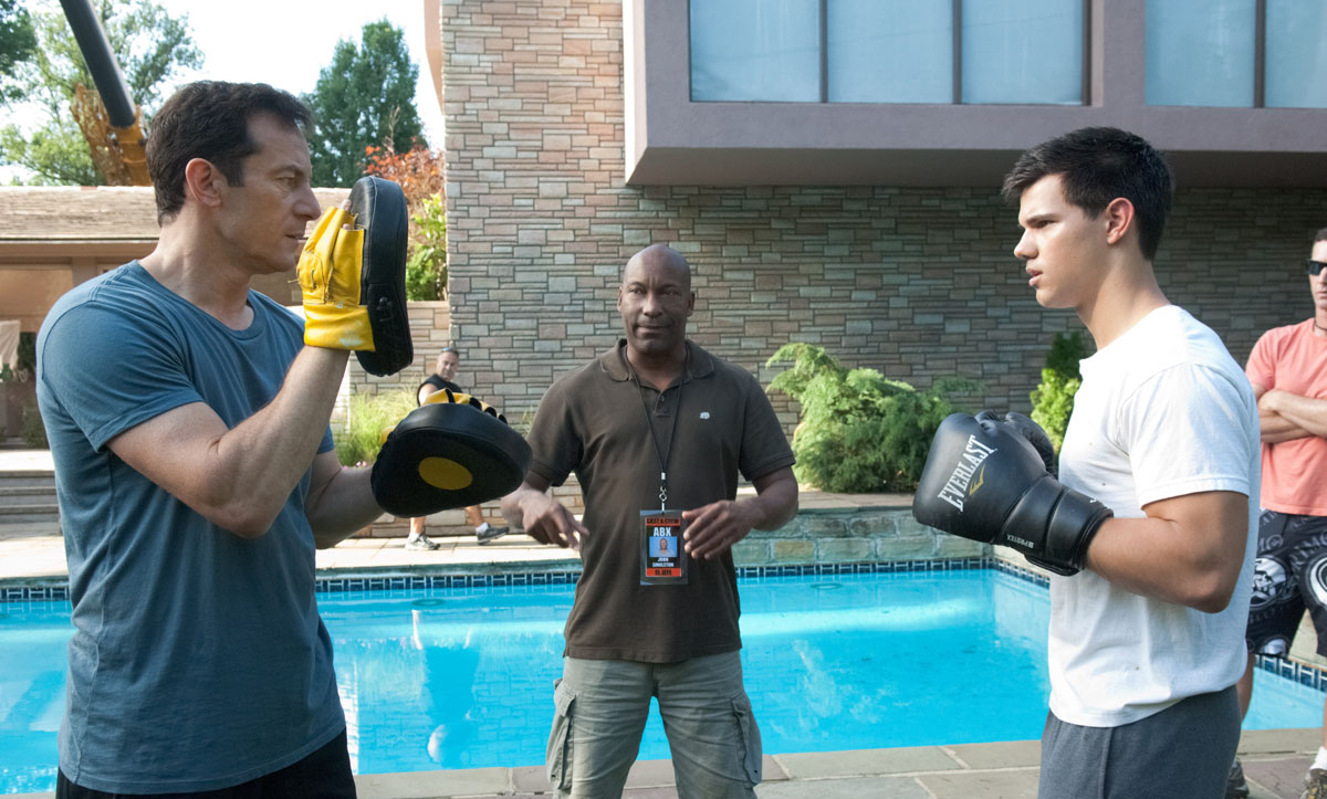 Jason Isaacs, John Singleton e Taylor Lautner durante le riprese di Abduction