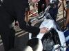 Sebastian Stan firma la Harley Davidson del film
