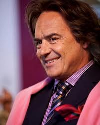 Luca Zingaretti nel ruolo dell\'avvocato maneggione Malaffano