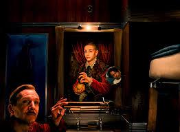 il ragazzo con la mela, il quadro al centro dell\'intrigo