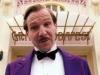 Ralph Fiennes è Gustave H.